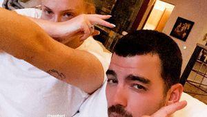 Nach Geburt: Joe Jonas postet erstes Bild mit Sophie Turner!