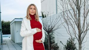 Schwangere Tanja Szewczenko hat Bauchumfang von einem Meter