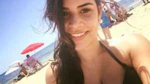 Tanja Tischewitsch am Strand auf Ibiza