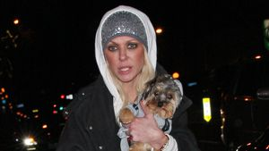 "Nach Sharknado-Zoff: Hier geht Tara Reid mit ""Wachhund"" raus"