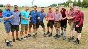 "Teilnehmer der ""Bauernolympiade"""