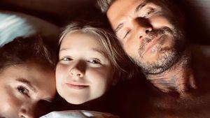 Zuckersüß: Die Beckhams teilen Kuschel-Pic aus dem Ehebett
