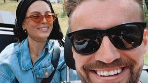 Neues Paar-Foto: Bachelorette-Alex scherzt über seine Wio