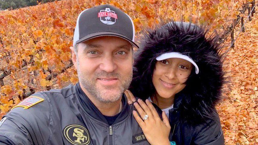 Tamera Mowry-Housley zusammen mit ihrem Ehemann Adam