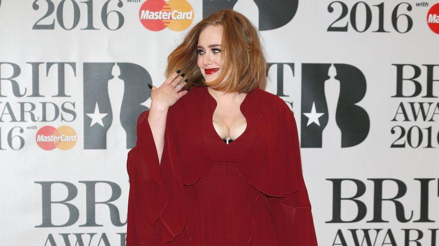 Adele bei den Brit Awards 2016