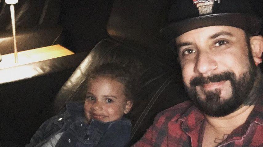 AJ McLean und seine Tochter Ava im Kino