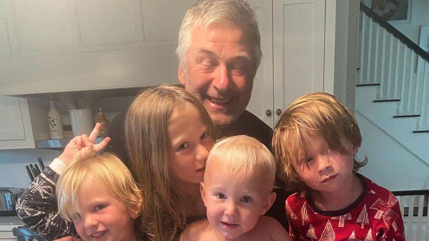 Alec Baldwin und seine Kinder Leonardo, Carmen, Romeo und Rafael im Jahr 2020