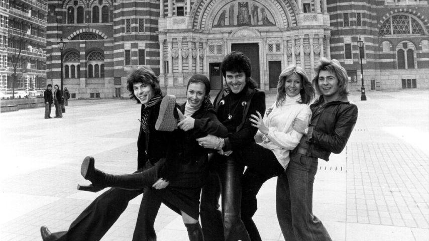Alvin Stardust mit der Band Guys 'n' Dolls, 1976