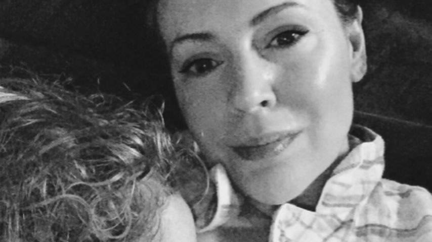 Ohne Hemmungen: Alyssa Milano stillt ihre Tochter gerne