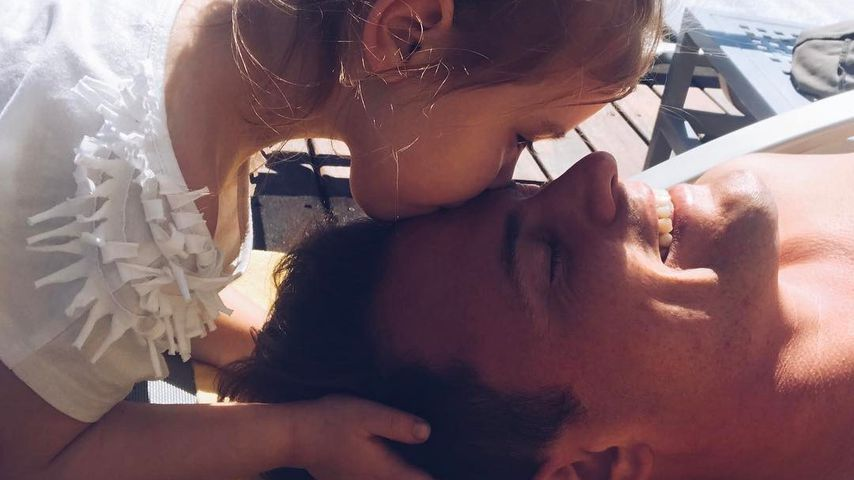 Nach Liebesgerüchten: Nur SIE darf Rocco Stark küssen!