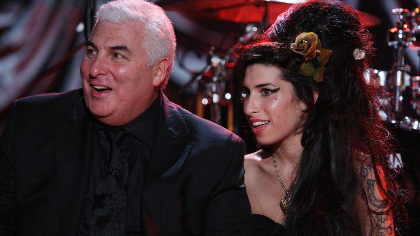 Rührend: Vater von Amy Winehouse tritt mit Double auf!