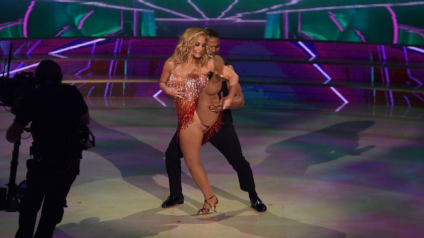"""Anastacia und Tanzpartner Maykel Fonts beim Auftritt bei """"Ballando Con Le Stelle"""""""