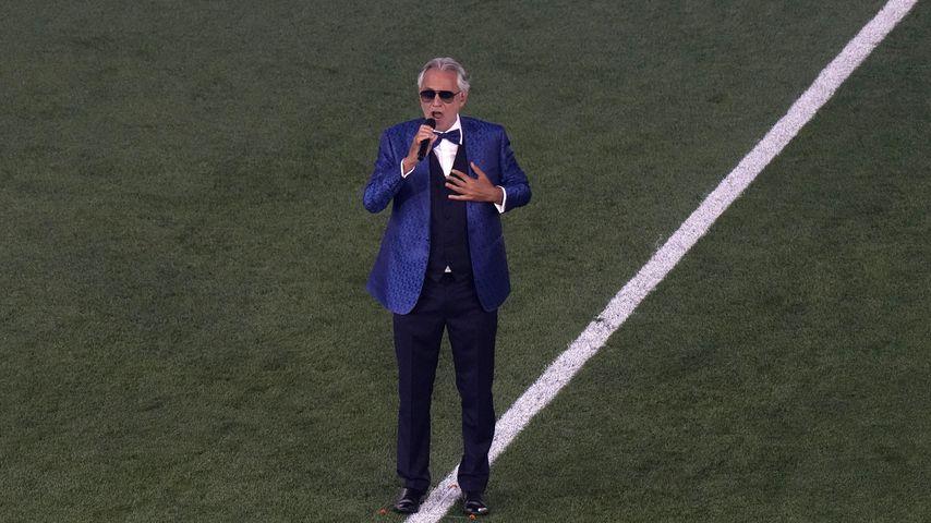 Andrea Bocelli bei der Eröffnung der Europameisterschaft