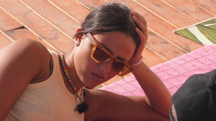 "Angelina bei ""Love Island"""