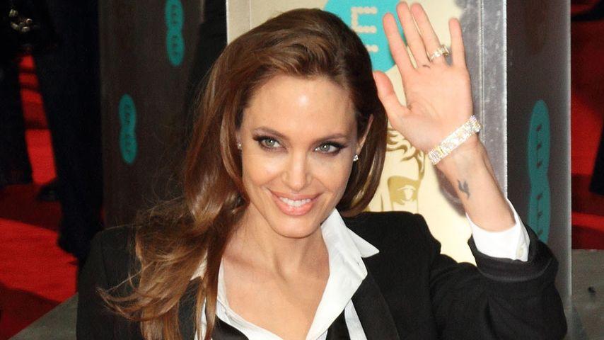Angelina jolie sex video-9702