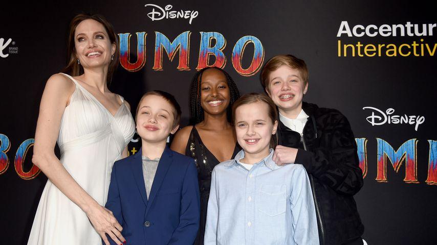 Angelina Jolie mit ihren Kindern Knox, Zahara, Vivienne und Shiloh in Los Angeles, 2019