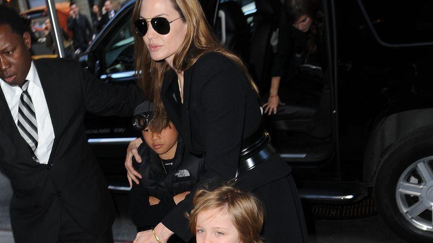 Angelina Jolie mit ihren Kindern Pax Jolie-Pitt und Knox Jolie-Pitt