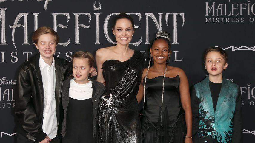Angelina Jolie mit ihren Kindern Shiloh, Vivienne, Zahara und Knox Jolie-Pitt in Kalifonien, 2019