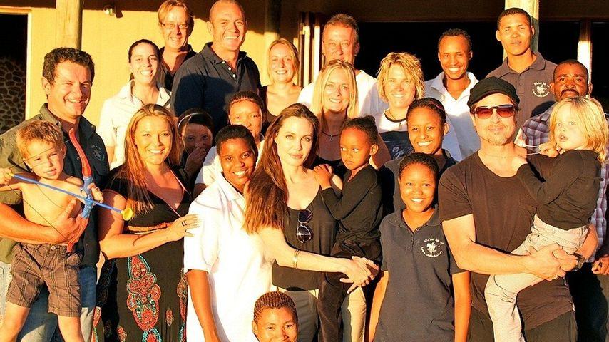 Familie Brangelina in Namibia unterwegs