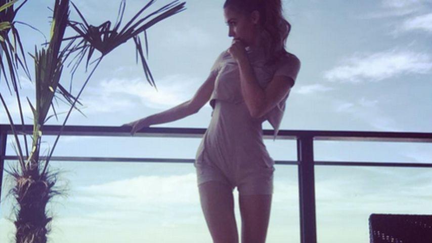 Ann-Kathrin Brömmel: Super lange Beine bis zum Himmel!