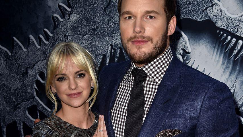 """Anna Faris und Chris Pratt bei der """"Jurassic World""""-Premiere"""