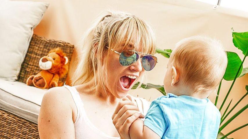 Anna Hofbauer mit ihrem Sohn, Juli 2020