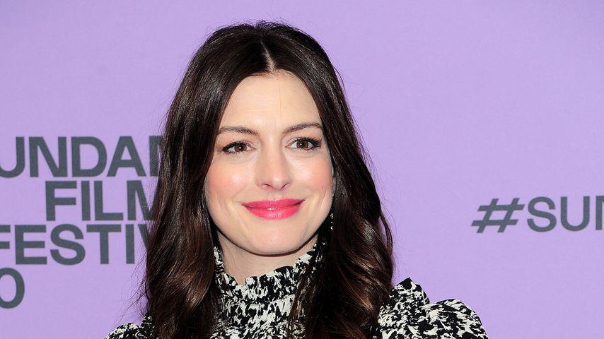 Dank Mama-Glow: Anne Hathaway strahlt bei Filmpremiere