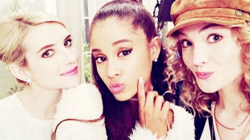 Emma Roberts und Ariana Grande