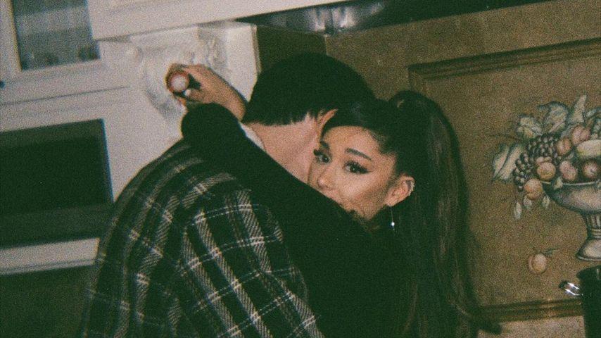 Ariana Grande mit ihrem Mann Dalton Gomez