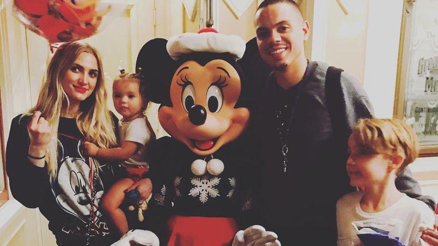 Ashlee Simpson Ross mit ihrer Tochter Jagger Snow Ross, Evan Ross und ihrem Sohn Bronx Mowgli Wentz