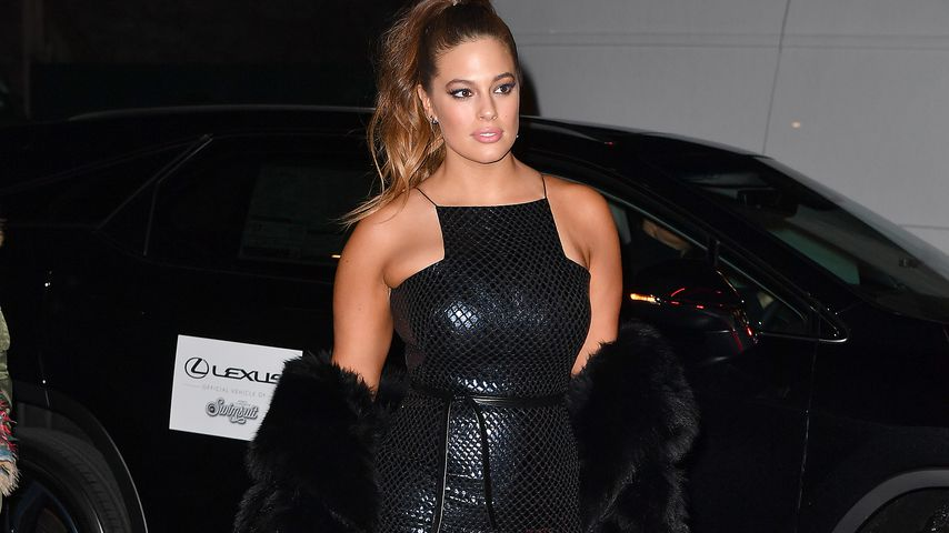 Sexy Kurven: Plussize-Model Ashley Graham in Schlangenleder