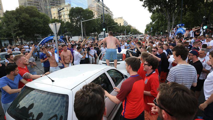 Ausschreitungen vor dem Spiel England gegen Russland