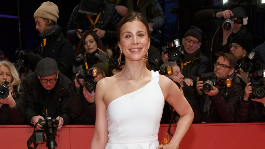 Aylin Tezel im Februar 2018
