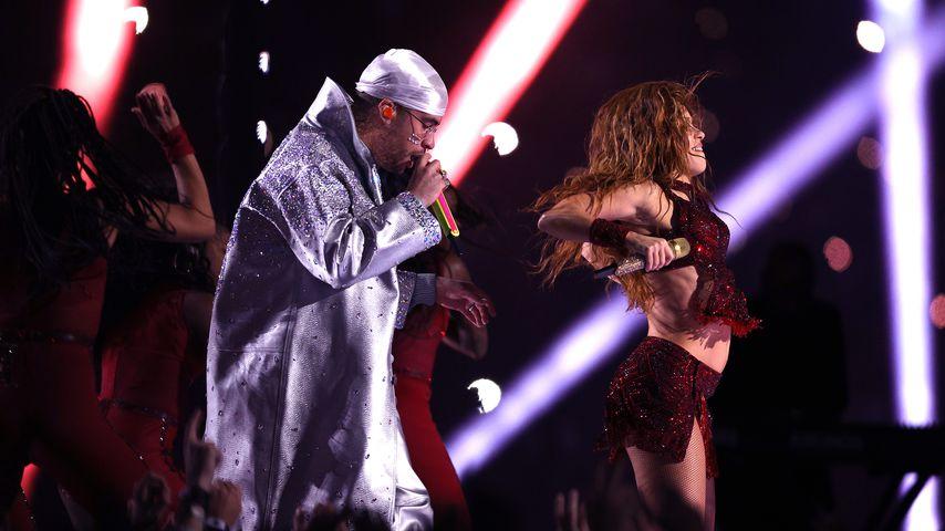 Bad Bunny und Shakira während der Halftime-Show beim Super Bowl 2020