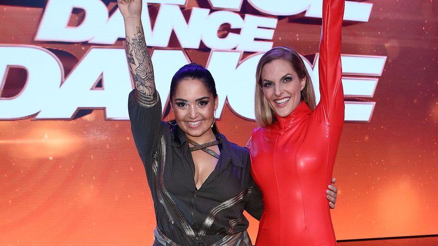 "Bahar Kizil und Sandy Mölling bei ""Dance Dance Dance"" im Jahr 2017"