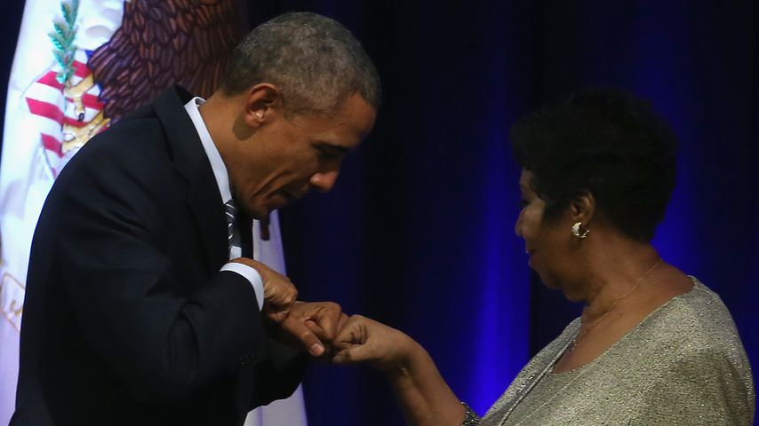 Barack Obama und Aretha Franklin 2015