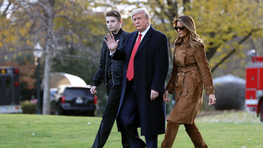 Barron, Donald und Melania Trump