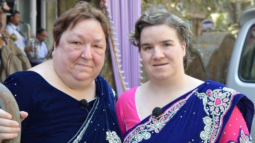 Beate Fischer (rechts) mit ihrer Mutter Irene in Indien