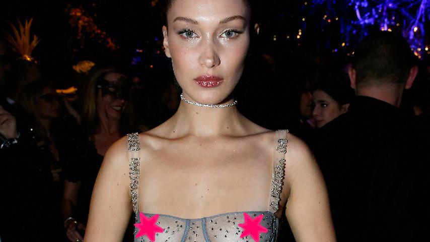 Warum überhaupt ein Kleid? Bella Hadid provoziert oben ohne!