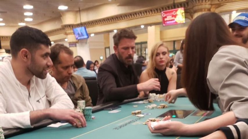 Ben Affleck und Katie Cherry bei einem Pokerspiel
