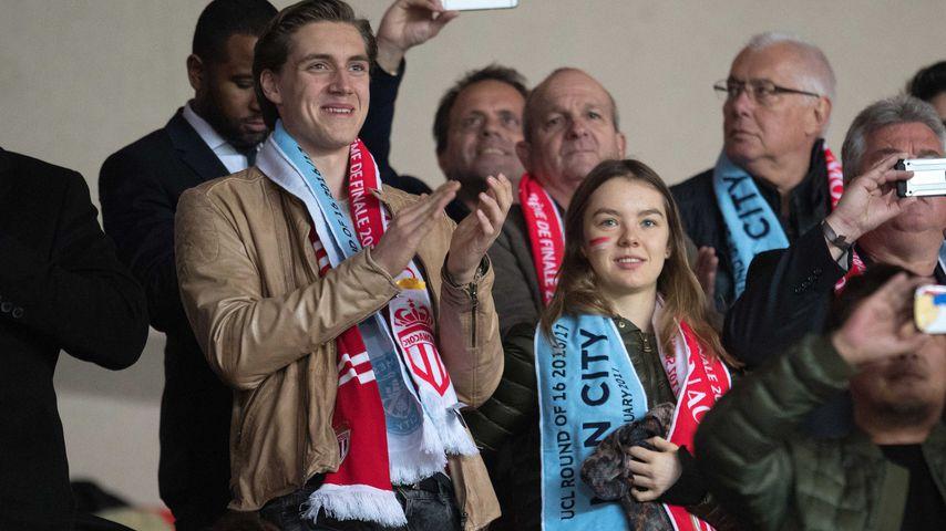 Ben Strautmann und Prinzessin Alexandra im Fußballstadion