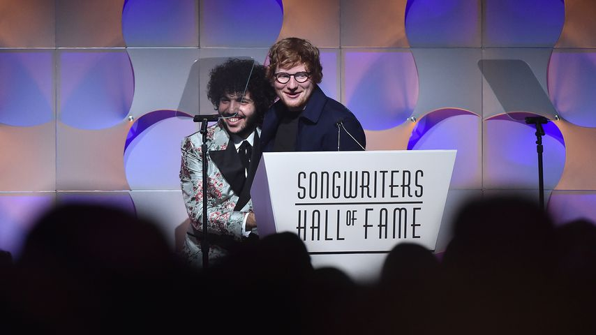 "Produzent Benny Blanco und Musiker Ed Sheeran bei der ""Songwriters Hall of Fame""-Award-Show"