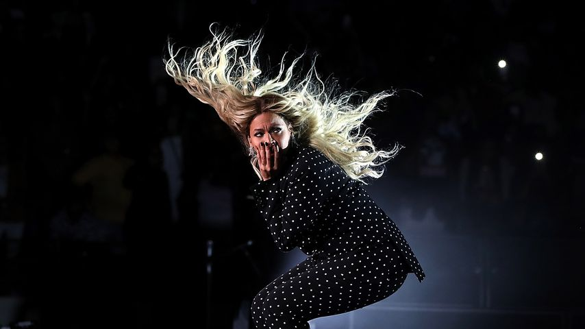 Beyoncé bei einem Konzert anlässlich Hillary Clintons Präsidentschaftskandidatur