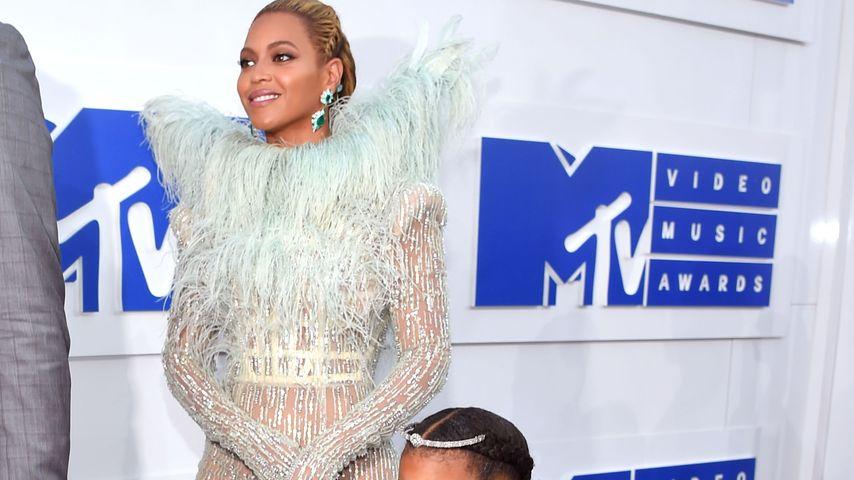 Beyoncé und Blue Ivy bei den VMAs 2016