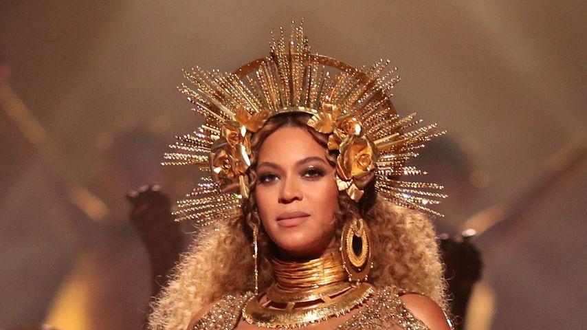Beyoncé während ihrer Performance bei den Grammy Awards 2017