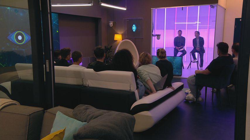 """""""Big Brother""""-Bewohner mit Jochen Schropp und Doktor Andreas Kaniewski"""