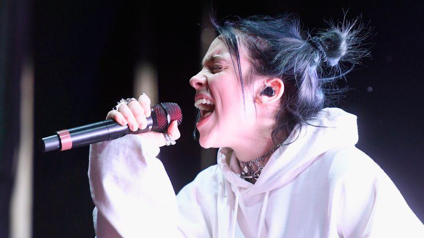 Doch nicht geklaut: Billie Eilish kriegt Ring von Fan wieder