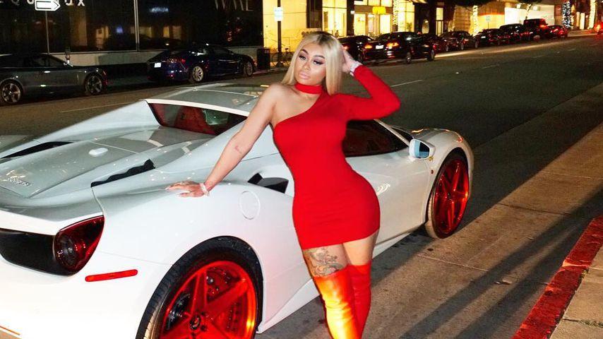 Stripper-Tage längst vorbei: Blac Chyna protzt im Ferrari!