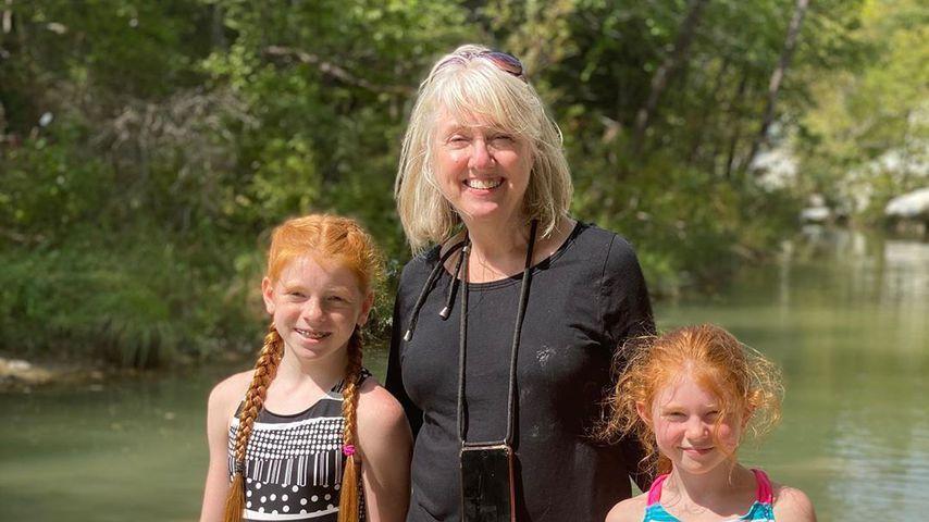 Brandi Redmonds Töchter Brooklyn, Brinkley sowie ihre Schwiegermutter Jill Marie