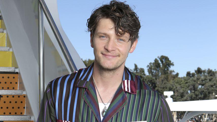 Brett Dier, Schauspieler